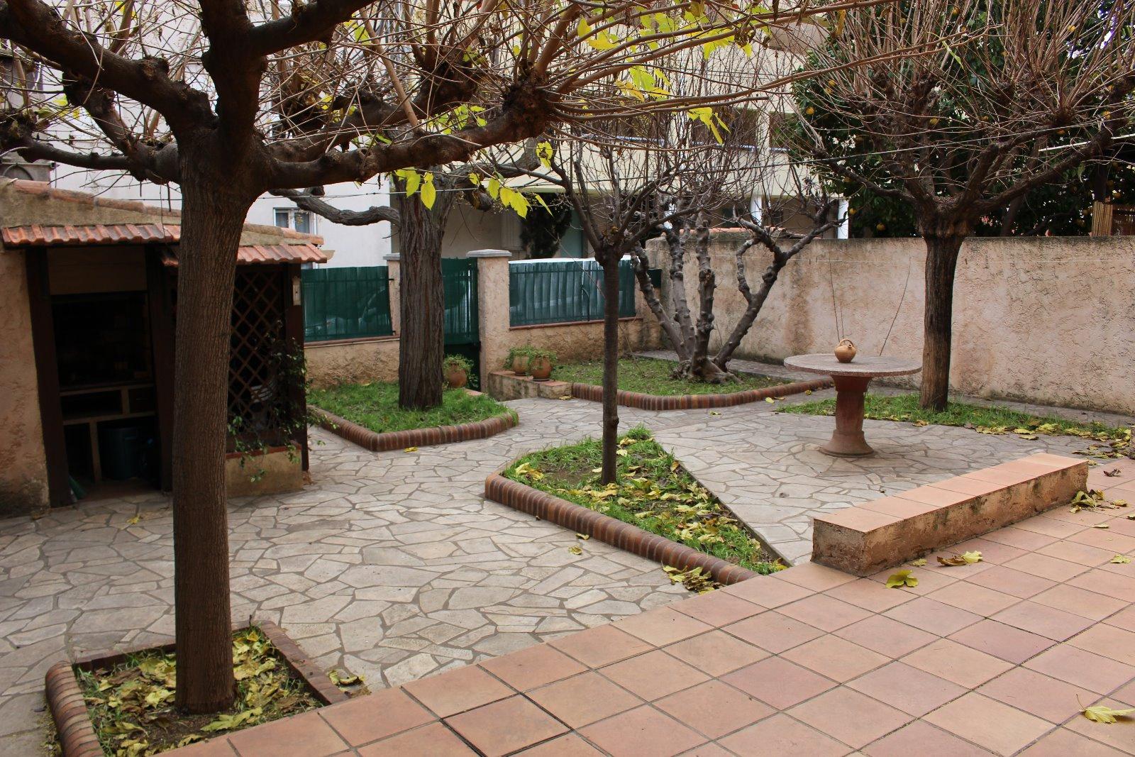 Vente toulon st jean spacieuse maison de ville de t5 avec jardin - Maison jardin brisbane toulon ...